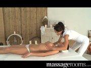 Massage Zimmer – Nubile Teen Schönheit